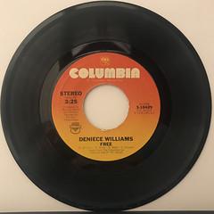 DENIECE WILLIAMS:FREE(RECORD SIDE-A)