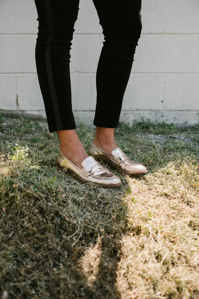 Priya the Blog, Nashville fashion blog, Nashville fashion blogger, Nashville style blog, Sierra Nevada graphic tee, how to style a graphic tee for the office, LOFT Velvet Tuxedo Pants, tuxedo pants for Summer, gold ban.do sunglasses, metallic loafers, Franco Sarto loafers,