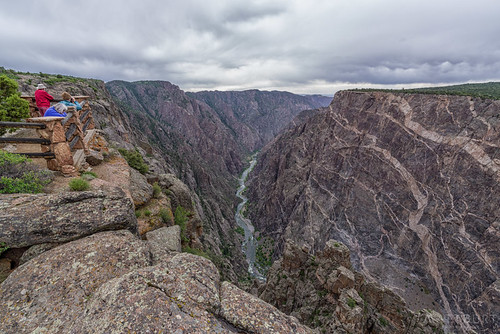blackcanyon photographer clouds tourists travel view