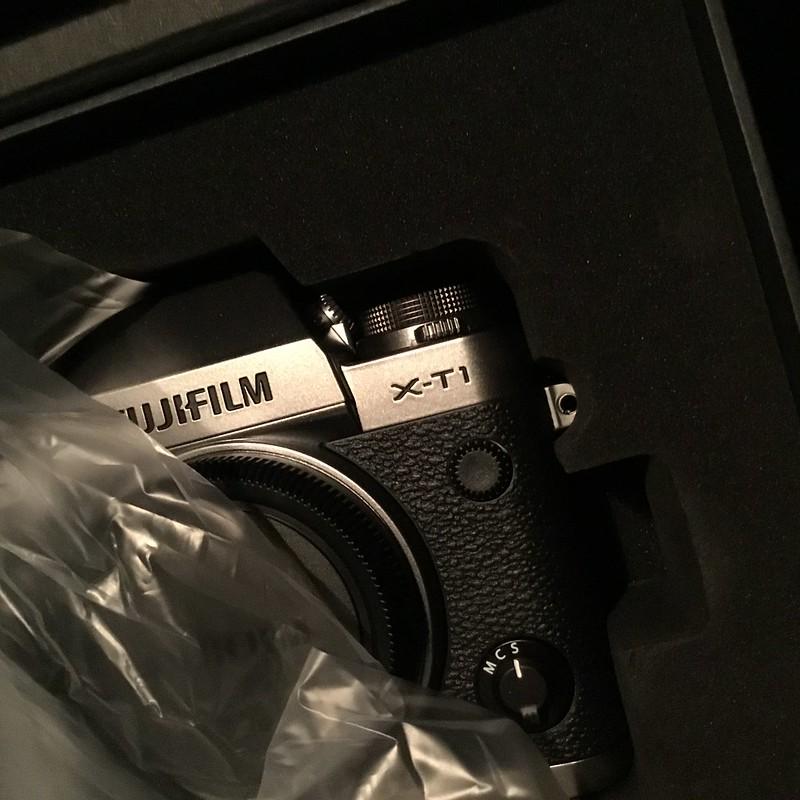 Cool ! Fujifilm Graphite silver