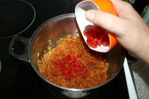 45 - Tomatenwürfel hinzufügen / Add diced tomato