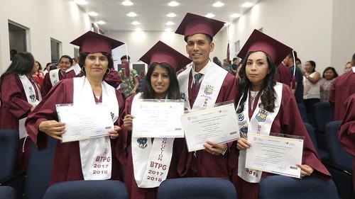 Ceremonia de Bachillerato Técnico Productivo Mención Guardaparques de la Unidad Educativa Miguel Ángel Cazares