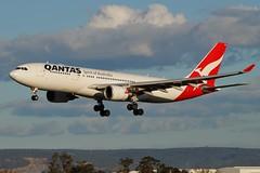 VH-EBD Qantas Airbus A330-202