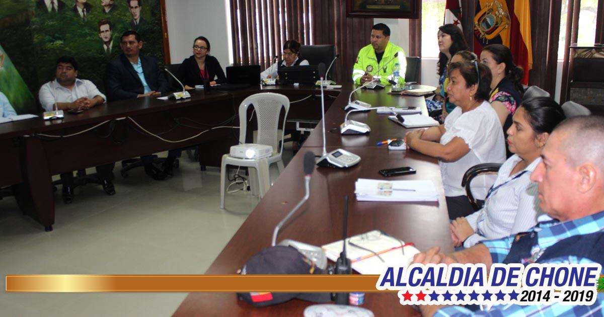 Alcaldía de Chone y policía judicial desarrollaron capacitación