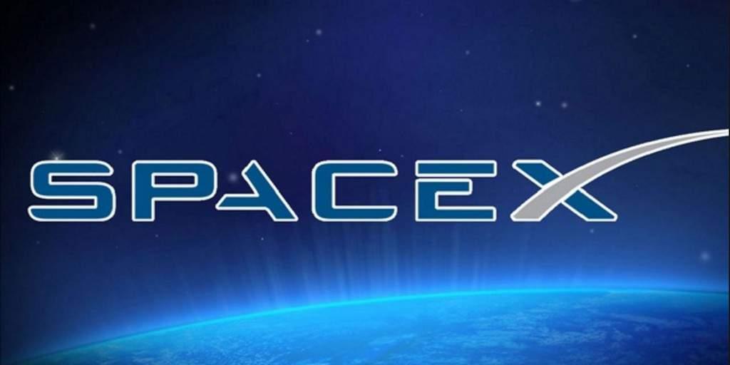 SpaceX : Pas de touriste autour de la lune mais un autre succès pour les satellites SES
