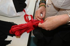 Les résidents de l'Ehpad Lesbazeilles à Mont-de-Marsan réalisent une robe flamenca