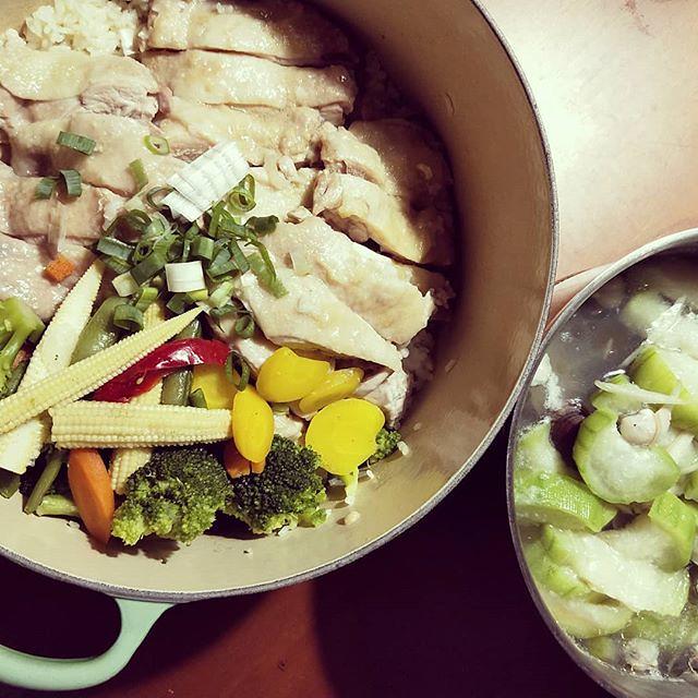 20180530 天氣依舊很熱之 ✓一鍋煮海南雞飯 ✓絲瓜蛤蠣湯 #葛蘿的餐桌