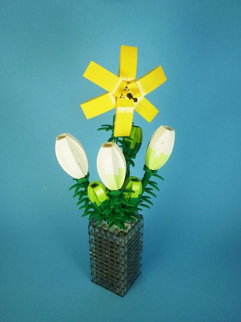 lilia lego flowers