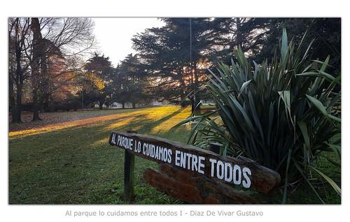 Al parque lo cuidamos entre todos I - Diaz De Vivar Gustavo