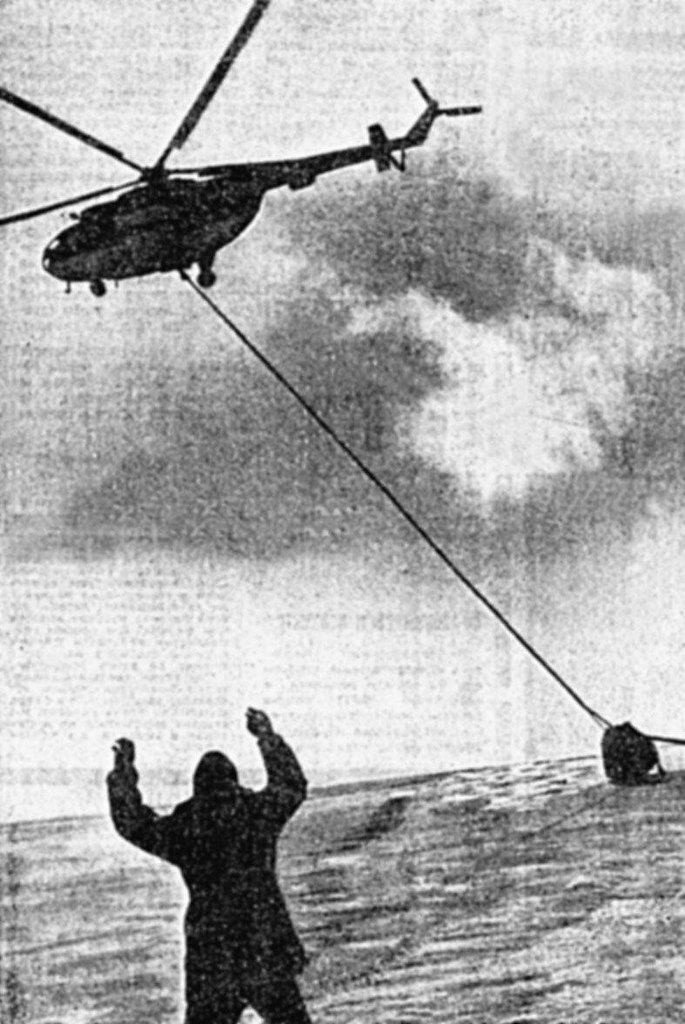 За несколько часов до космической трагедии Чернявский, Ближе, полет, корабля, берегу, стали, внутри, аппарат, автобус, космонавтов, снаружи, Старт, аппарата, подробно, более, экипаж, капсулы, вертолетов, аквалангистов, около
