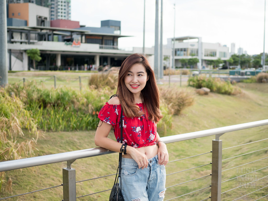 floral-cropped-top-styling