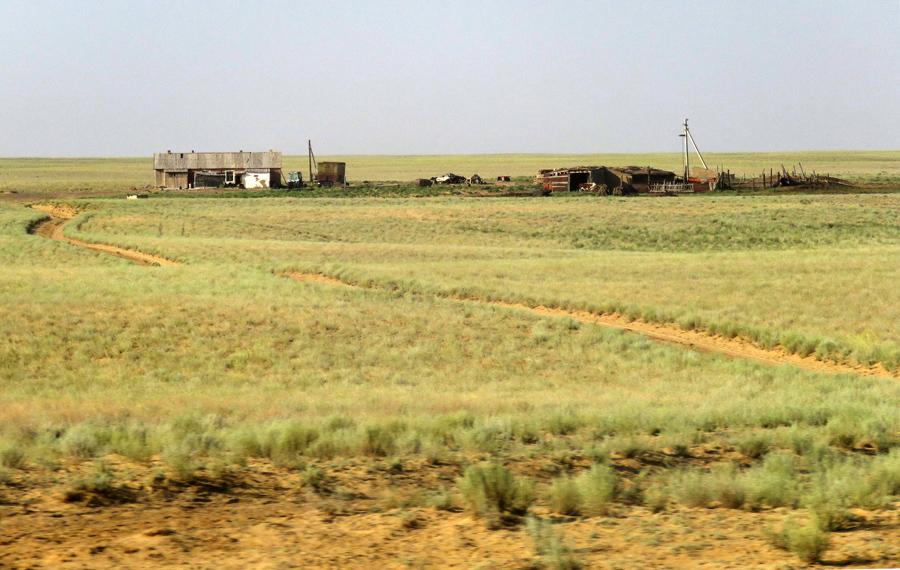 Железная дорога Жезказган - Бейнеу, или Как не разочароваться Байконуром Байконур, через, Жезказган, станции, здесь, километров, стоит, Казахстана, поезд, дороги, советских, который, время, только, Новый, станций, Шёлковый, поезда, Казахстан, Жезказгана