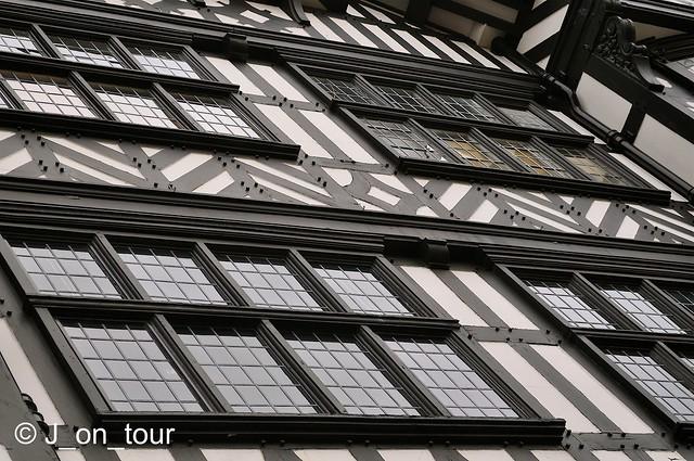 Tudor Windows GJC_000747