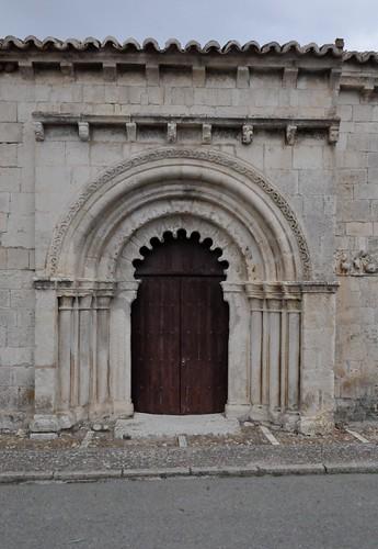 Campisábalos (Guadalajara-España). Iglesia. Portada