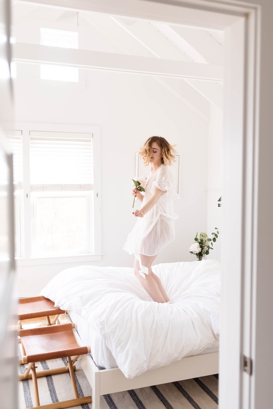 White Lingerie Jaelle Designs Bridal Boudoir on juliettelaura.blogspot.com