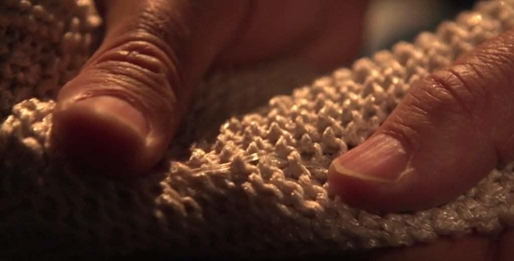 Ces fibres peuvent tenir le rôle de nerfs pour les robots