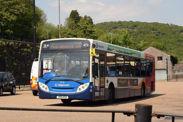 SW 28732 @ Pontypridd bus station