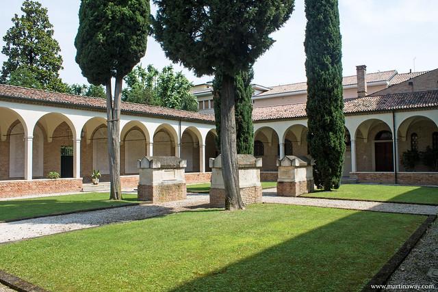 Chiostro della Chiesa di San Francesco