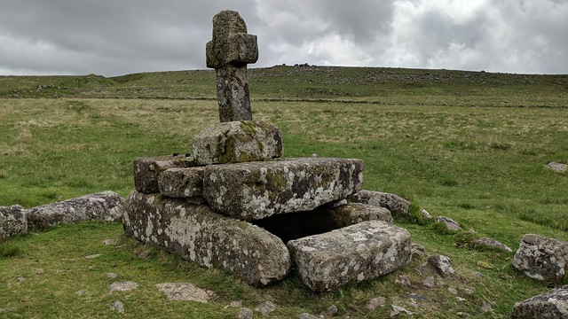Childe's Tomb and Cross