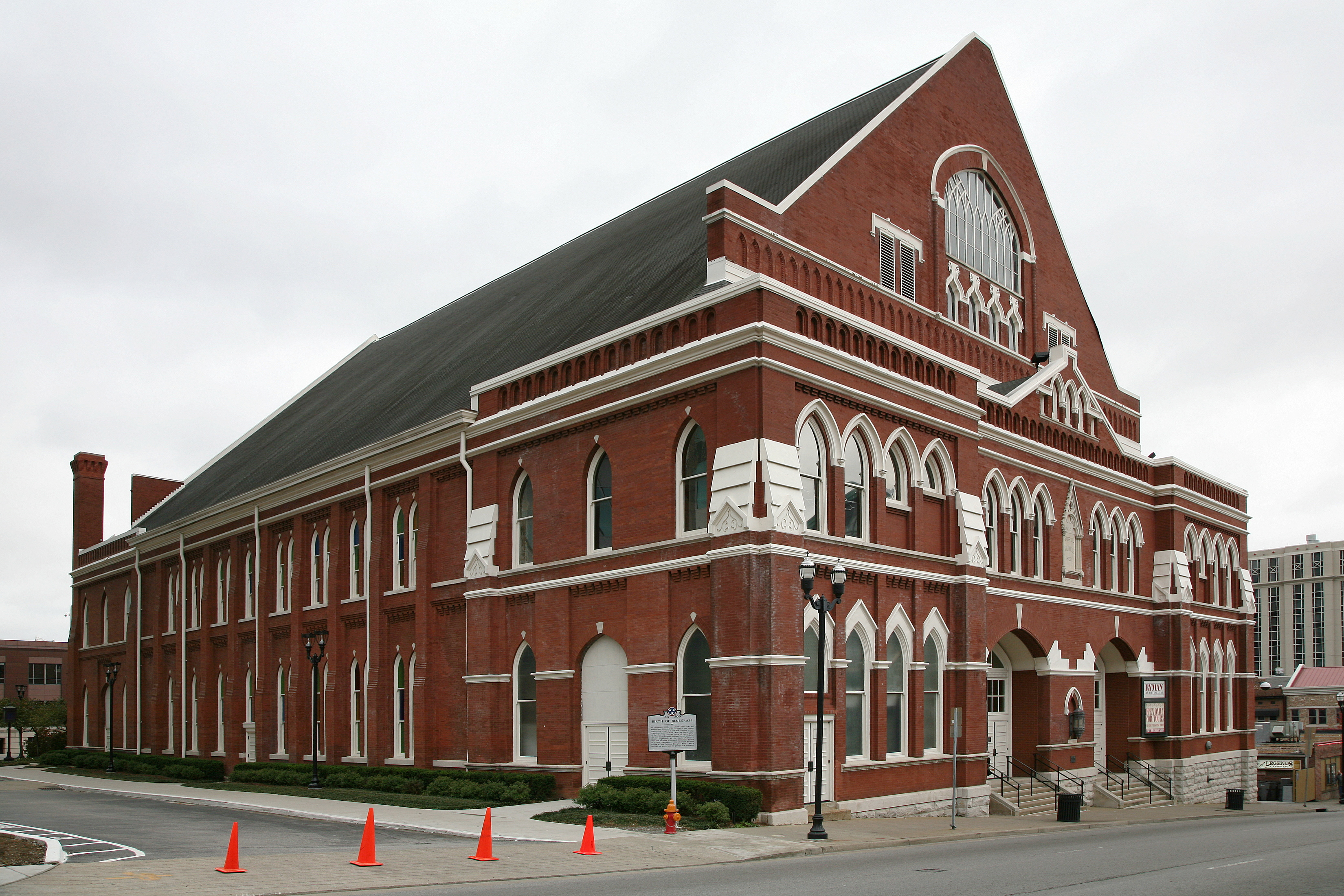 Ryman Auditorium, facing Nashville's Fifth Avenue North. Photo taken on November 22, 2007.
