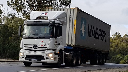 Mercedes on the Great Eastern Highway at Mundaring, WA