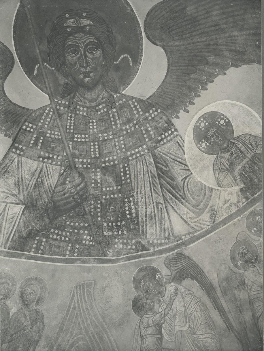 Фреска дьяконника Спасо-Преображенского собора Мирожского монастыря  -  «Архангел Михаил»