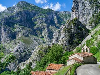 Bergdorf Camarmeña in den Picos de Europa