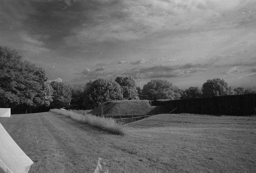CCR:FRB - Review 19 - Rollei IR400 - Roll 02 (Kodak D-76)