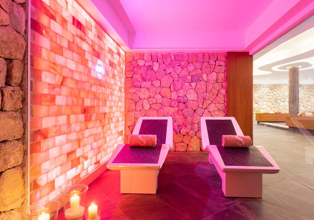 Himalayan Salt Room at O Spa