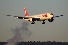 Swiss International Air Lines Boeing 777-3DE/ER HB-JNC