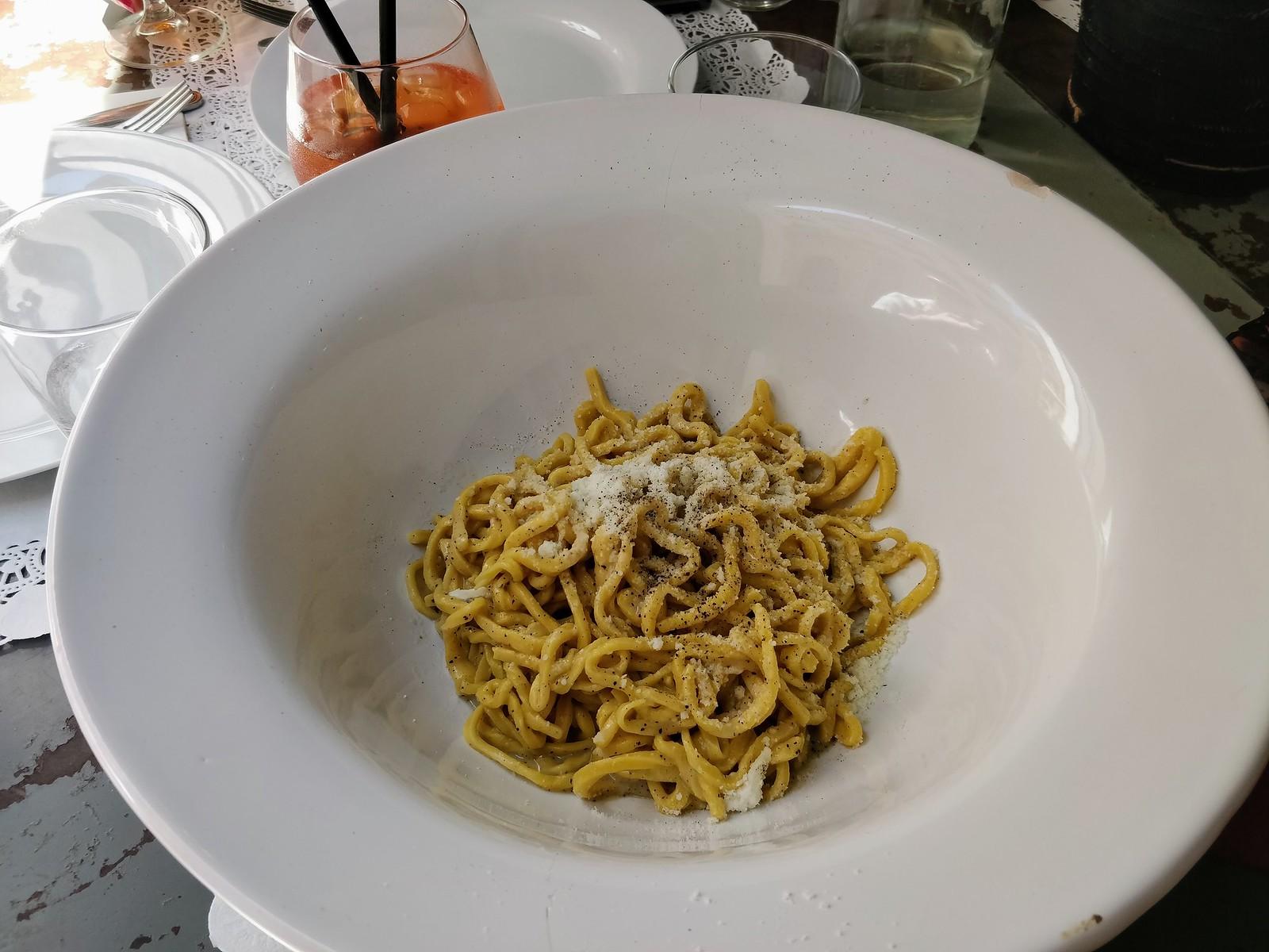 Spaghettone Calcio e Pepe