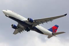 A330 N852NW London Heathrow 15.06.18