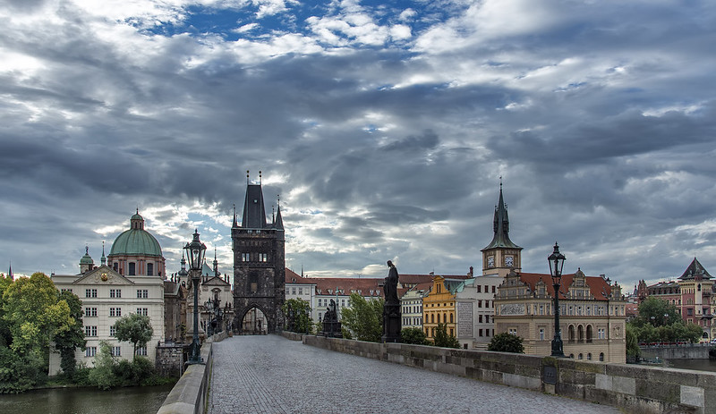 Morning breaks in Prague