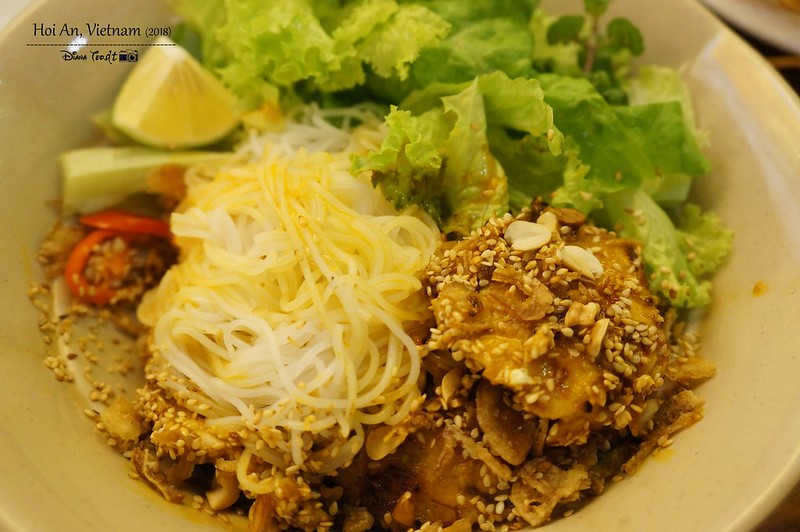 Things to Eat in Hoi An - Bun Thit Nuong (Vermicelli Noodles With Grilled Pork)