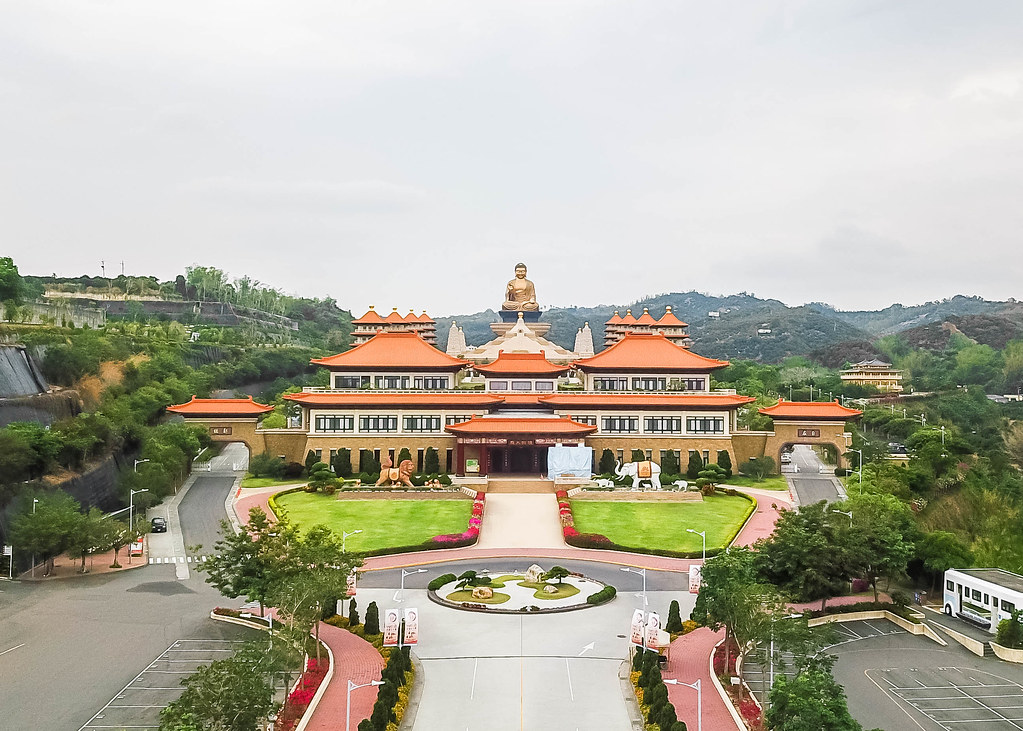 fo-guang-shan-alexisjetsets-2