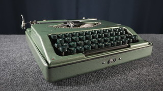 Rooy Portable Typewriter | by jvcabacus