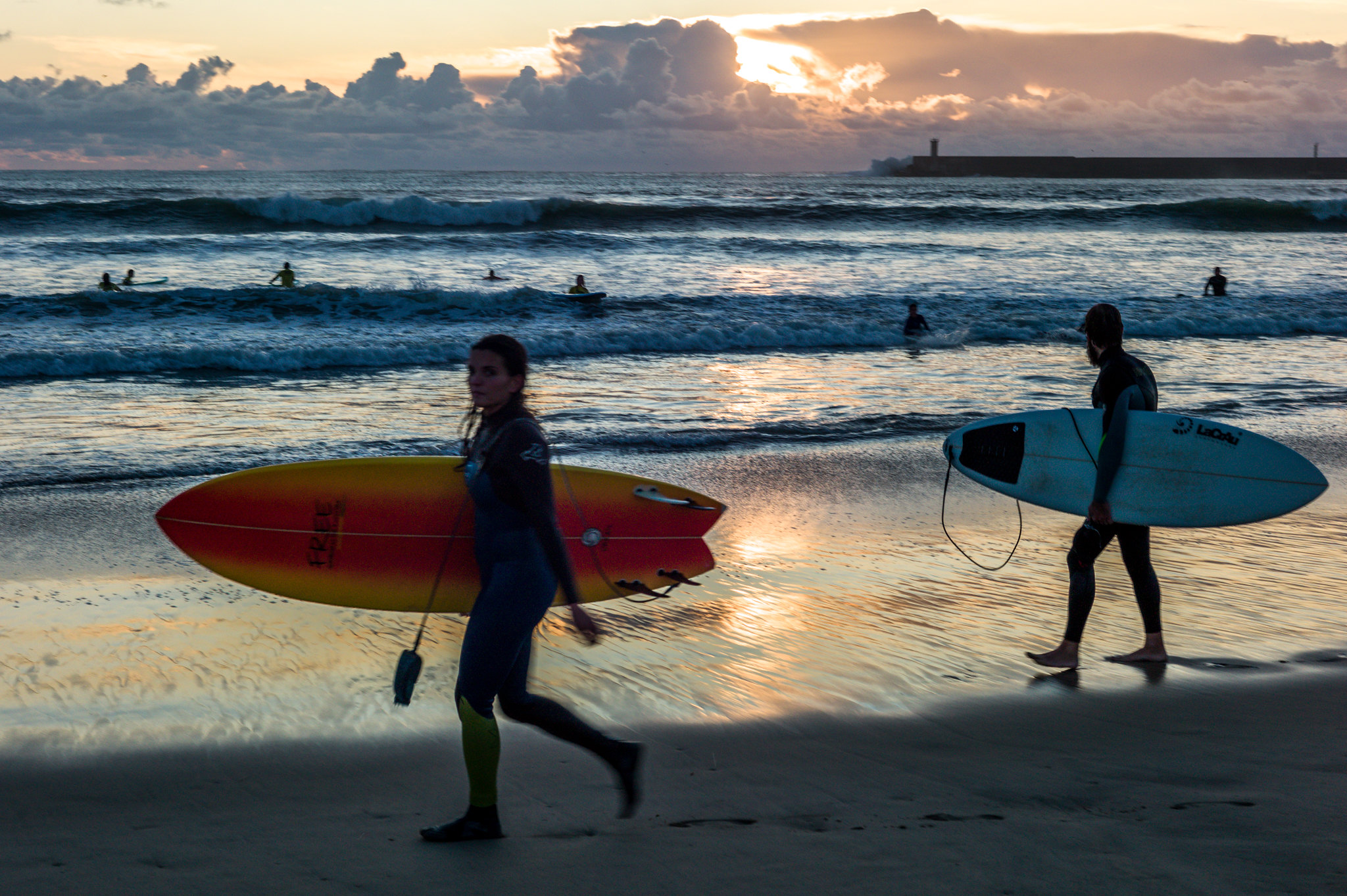 Sunset Surfers