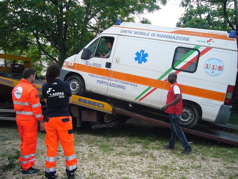 Due ambulanze per il Senegal: il dono di due pubbliche assistenze
