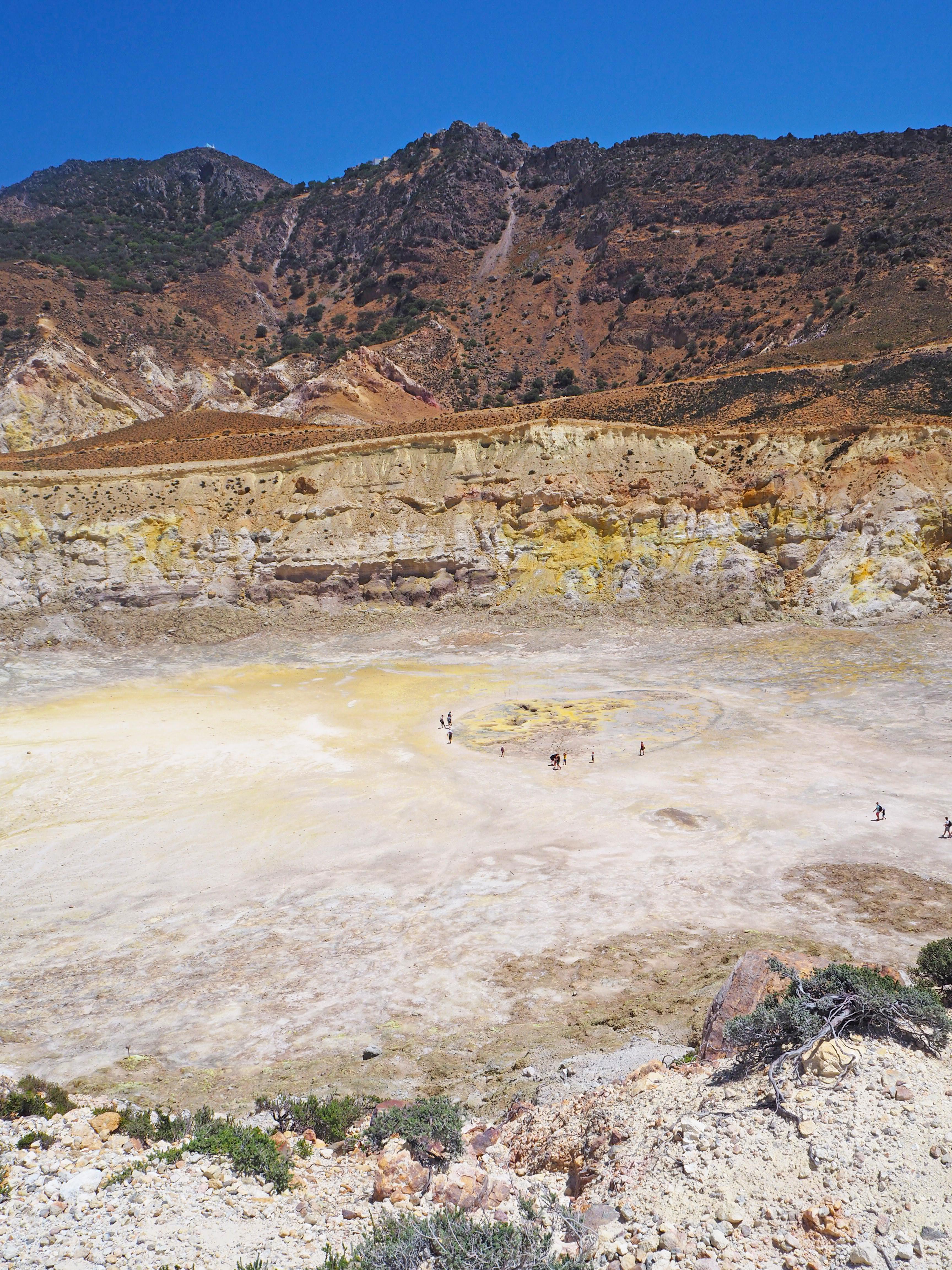 Tulivuoren kraateri