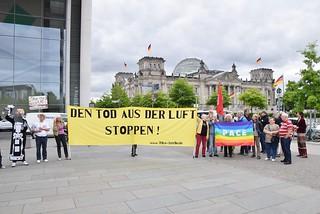 13.06.18: Protest vor Bundestag: Nein zu Drohnen!