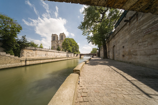 Notre Dame from Point Sant-Michel