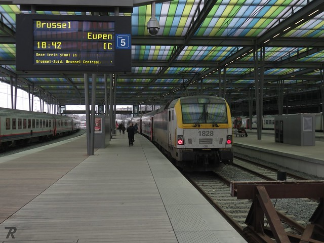 NMBS 1828, Station Oostende