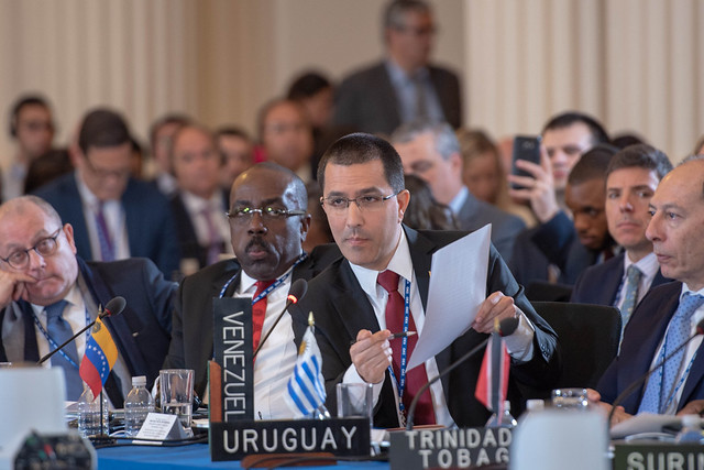 Os EUA fracassam na tentativa de suspender Venezuela da OEA