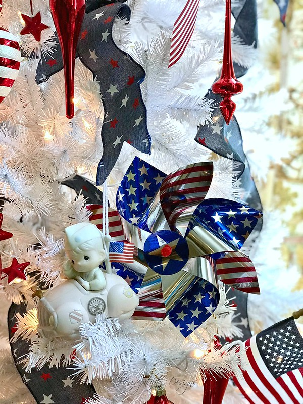Patriotic Tree-Housepitality Designs-2