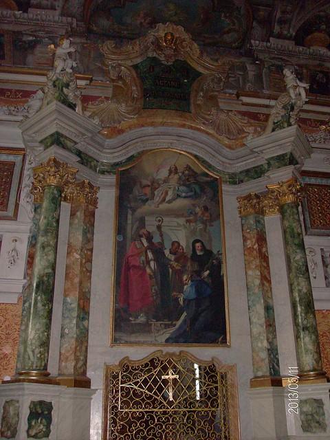 Ferrara_-_S._Antonio_in_polesine_-_La_chiesa_esterna_-_grata