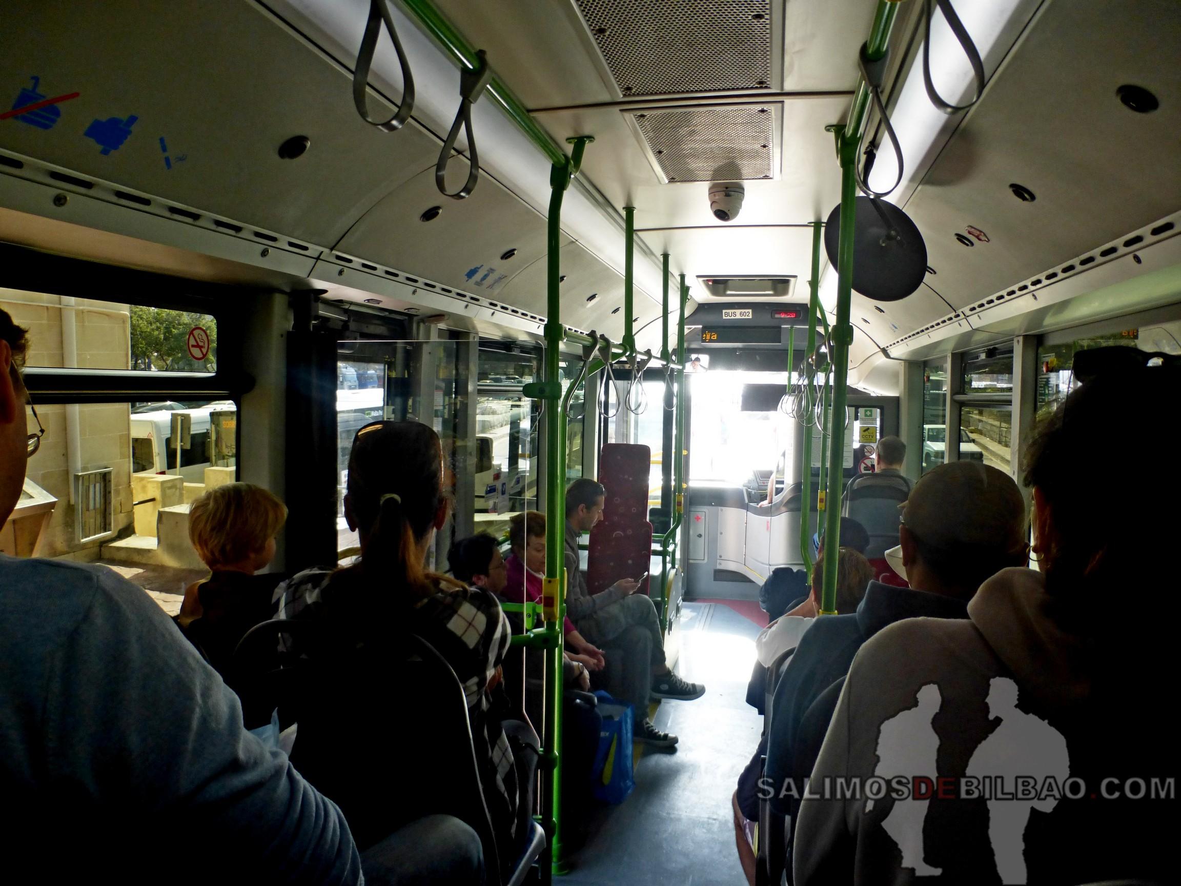 0522. Bus de Victoria a Blue Hole, Gozo