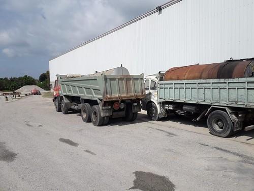 Barreiros 300 i Pegaso 1061