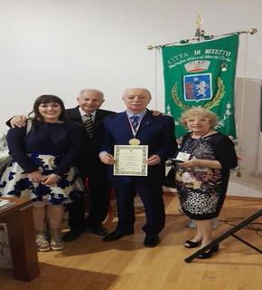 Peppino Carelli insieme a Anna Gramegna, Michele Lucatuorto e Federica Bove