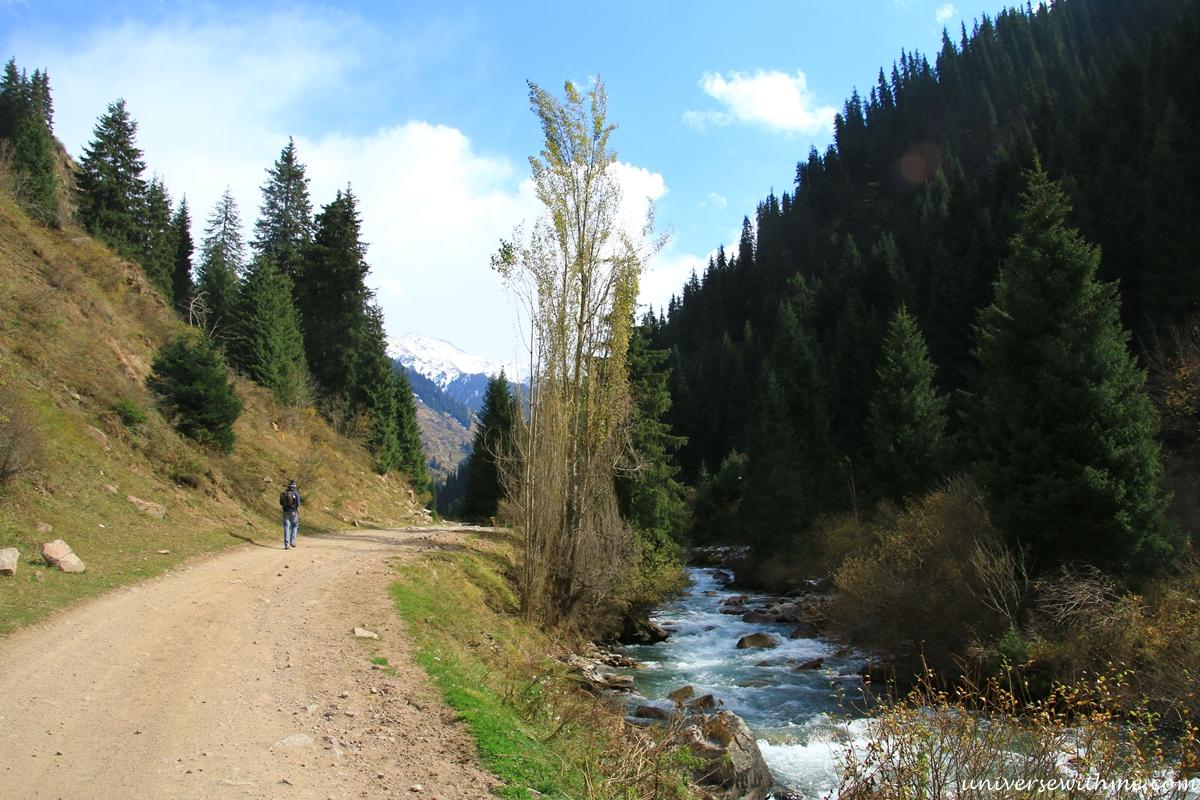 Kyrgyzstan travel_360