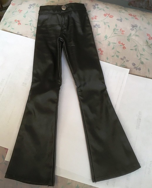 Pleather pants for Lishe sized girls - nicely made by Luts 15